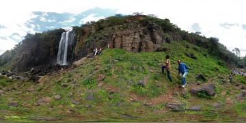 Kenia Thompson Wasserfall1 - Panoramen Übersicht