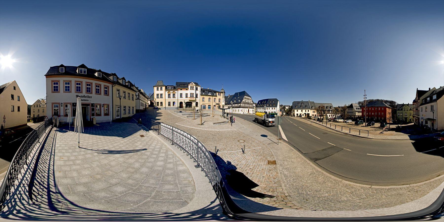 Panorama Hartenstein Markt in Sachsen 1